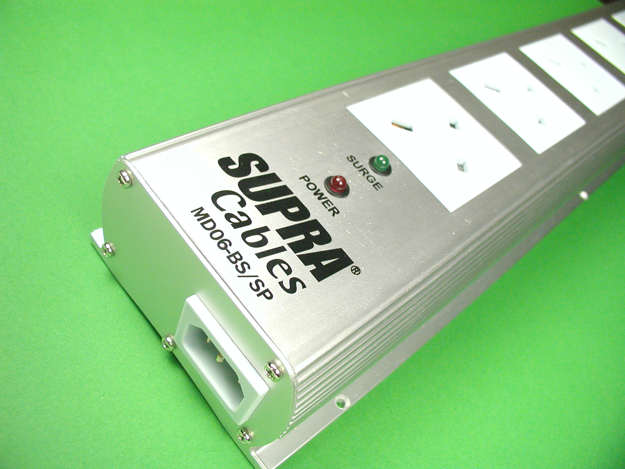 Supra LoRad MD06-BS/SP 6 way UK Surge Protected Shielded Mains Block
